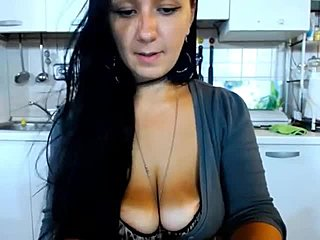 free-video-nude-boobs-in-public