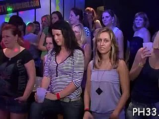 Extrémne orgie videá